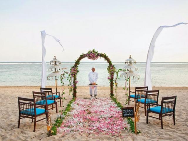 Samabes Beach Wedding Package in Bali