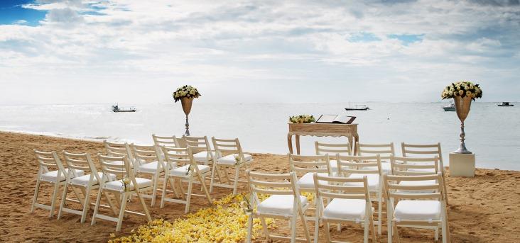 Fairmont Sanur Beach Bali Wedding Ceremony