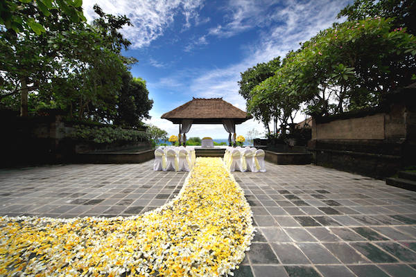 Ayana Bale Kencana Wedding Ceremony