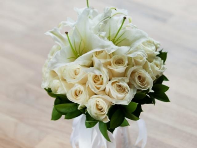 Dewa Dewi Wedding Bridal Bouquet