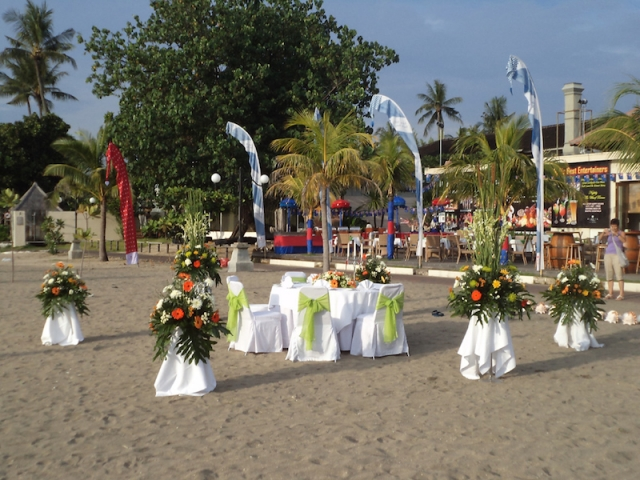 Ramada Bali Royal Paradise Decor Beach