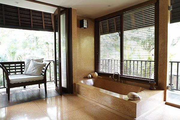 Villa Bangkuang Bali Bathroom