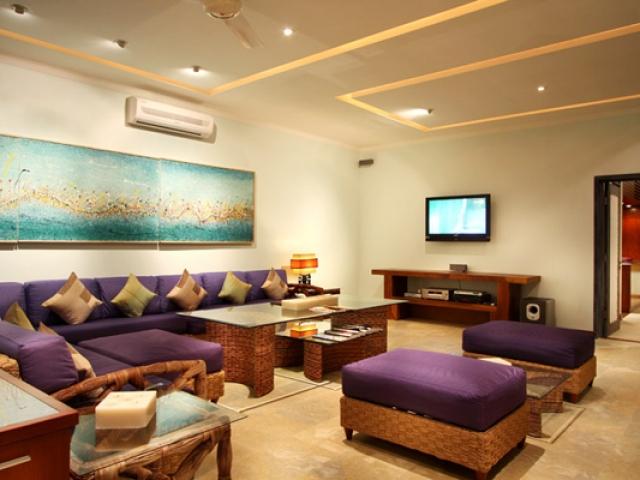 Villa OMG Living Room