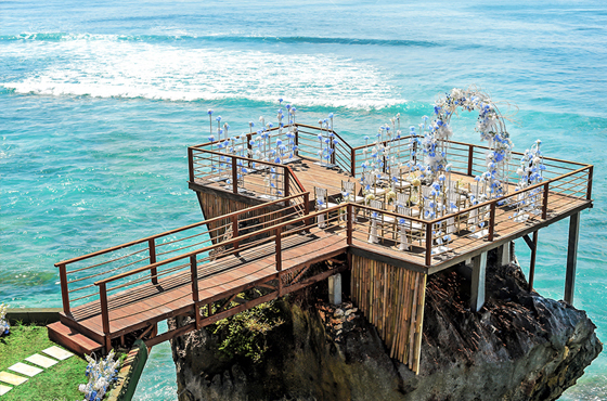 Fantasy Rock Cliff Wedding Bali